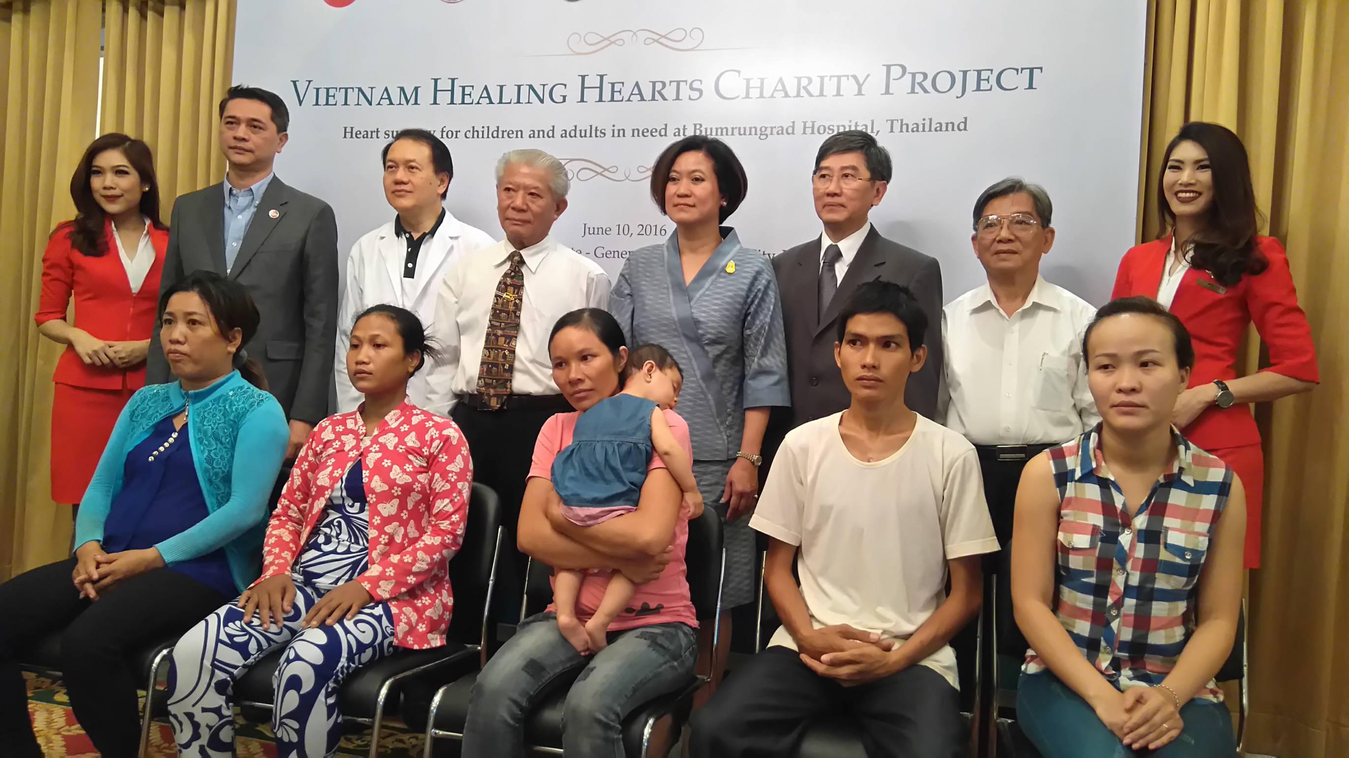 Bệnh viện International Bumrungrad Thailand tài trợ phẫu thuật tim cho bệnh nhân nghèo